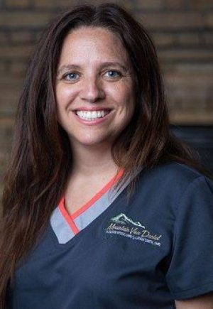 Headshot of Wendy, one of our dental hygienists